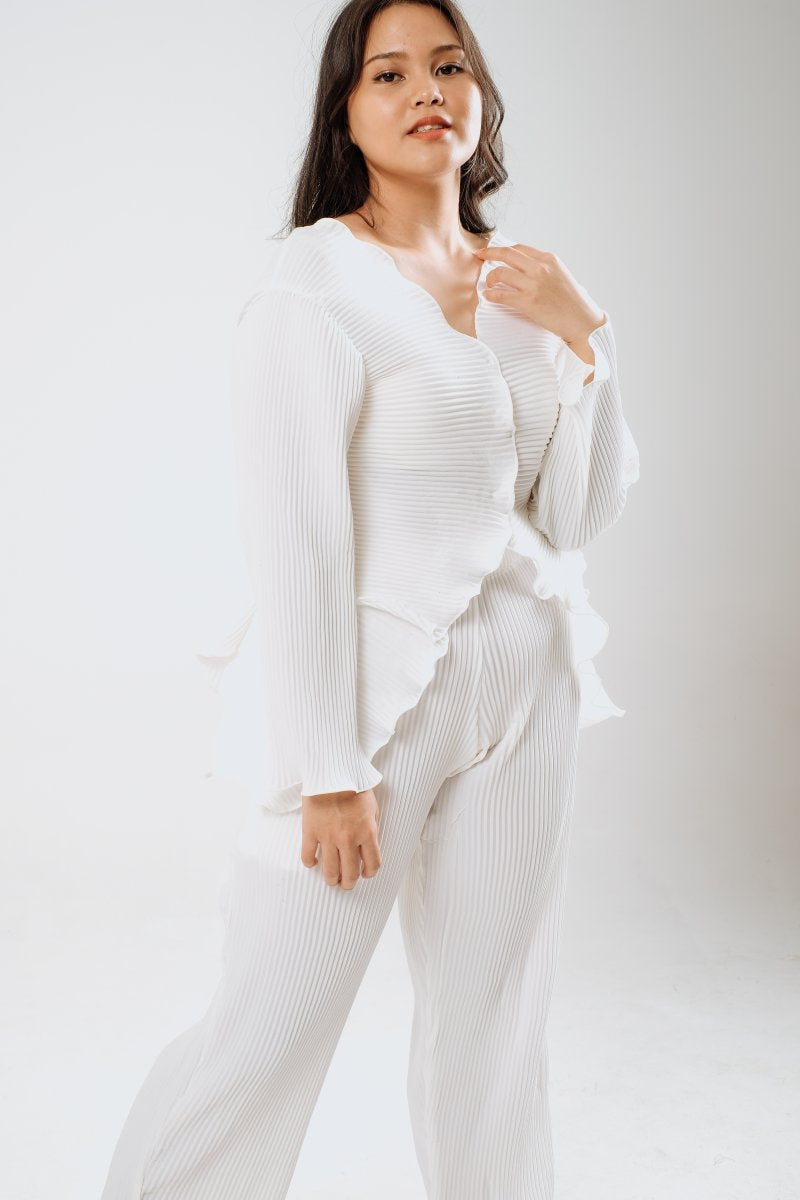 Petal Pleats Outer/ Top In White