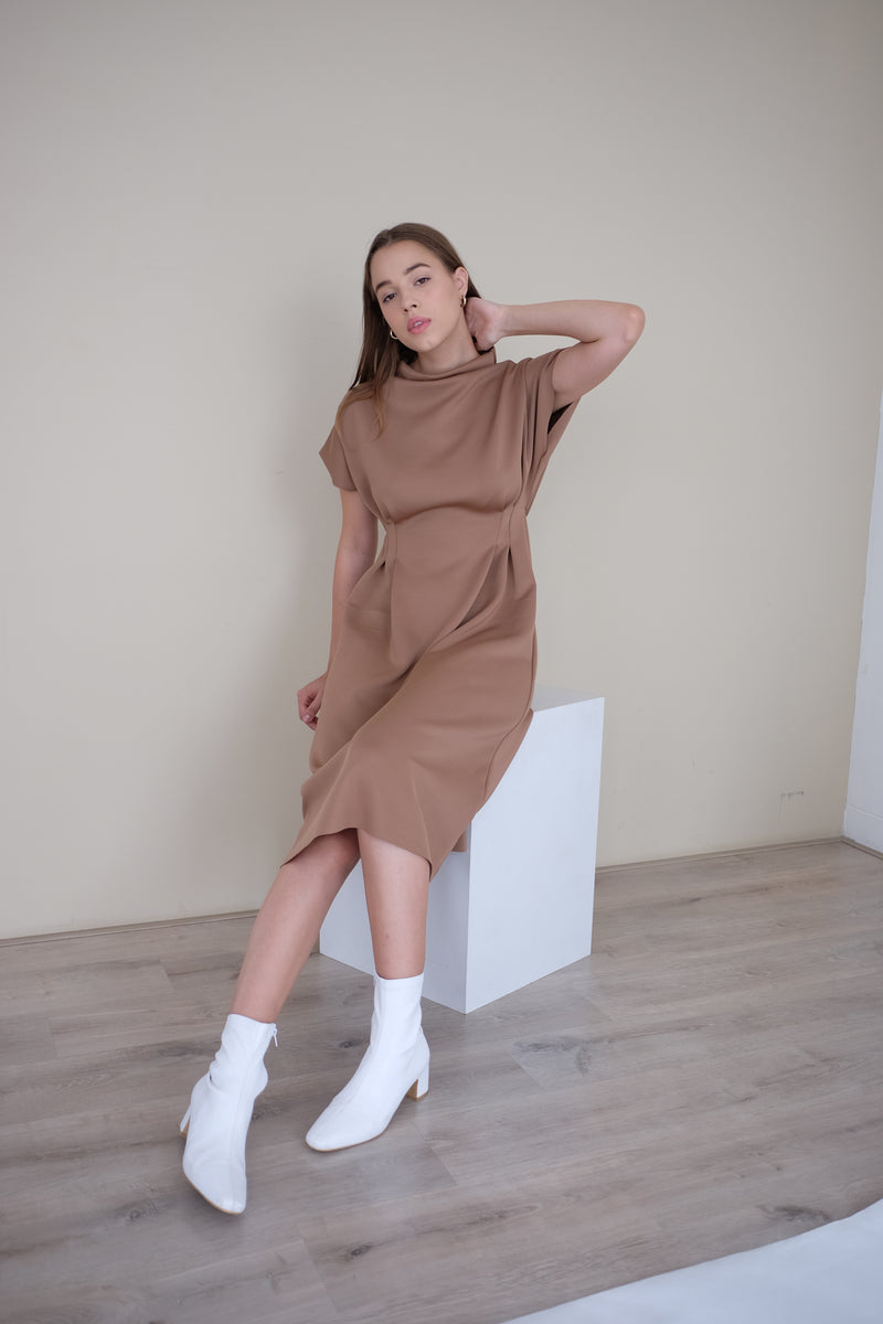 BROOKLYN MIDI DRESS IN DEEP CHOCO