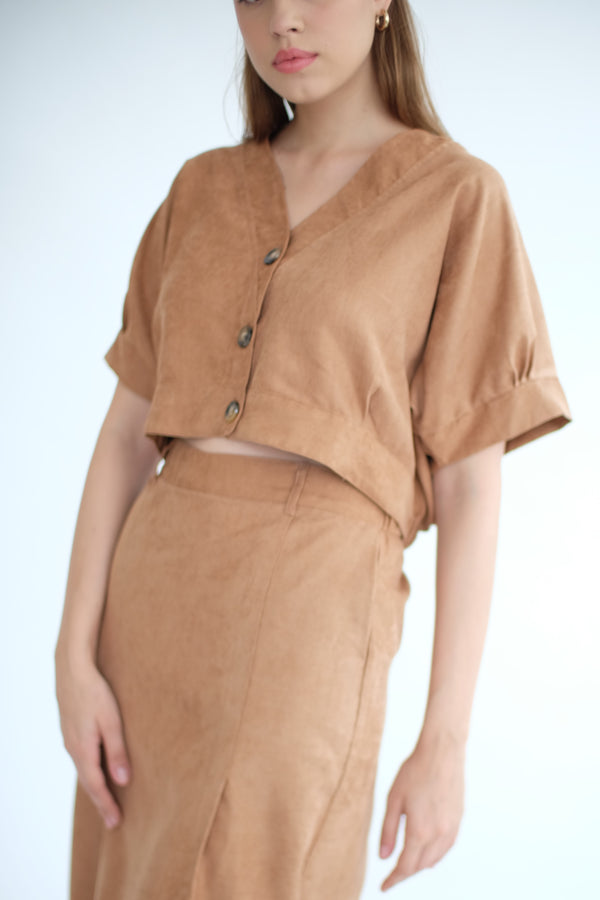 West Crop Top in Caramel