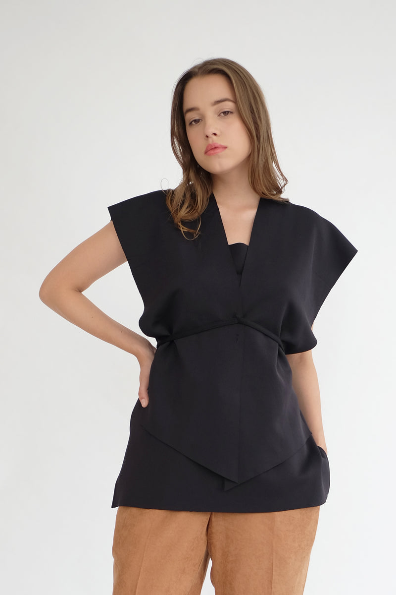 Nora Multiway Top in Black