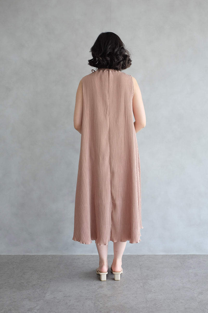 Margo Pleats Dress In Nude