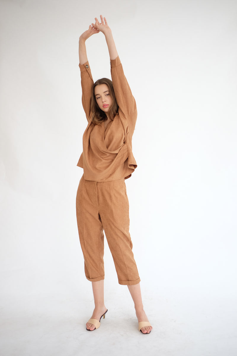 Kennedy Ankle Pants in Caramel