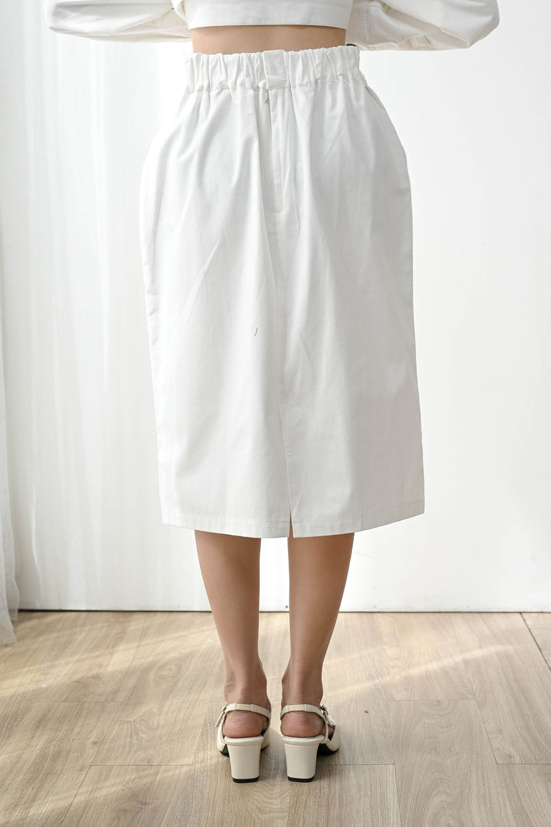 Kind Simple Midi Skirt in Broken White