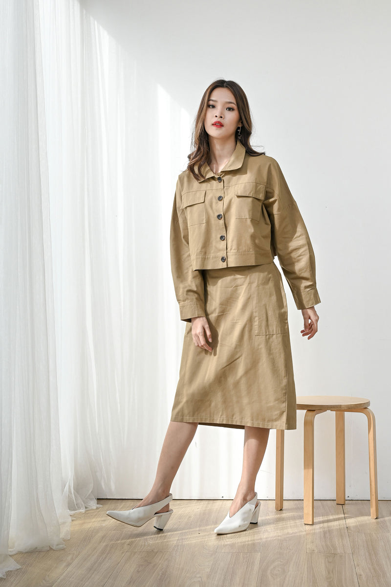 Set Humble Cropped Jacket + Kind Simple Midi Skirt in Camel