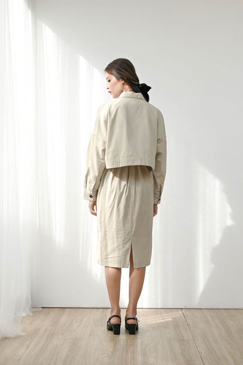 Set Humble Cropped Jacket + Kind Simple Midi Skirt in Sand