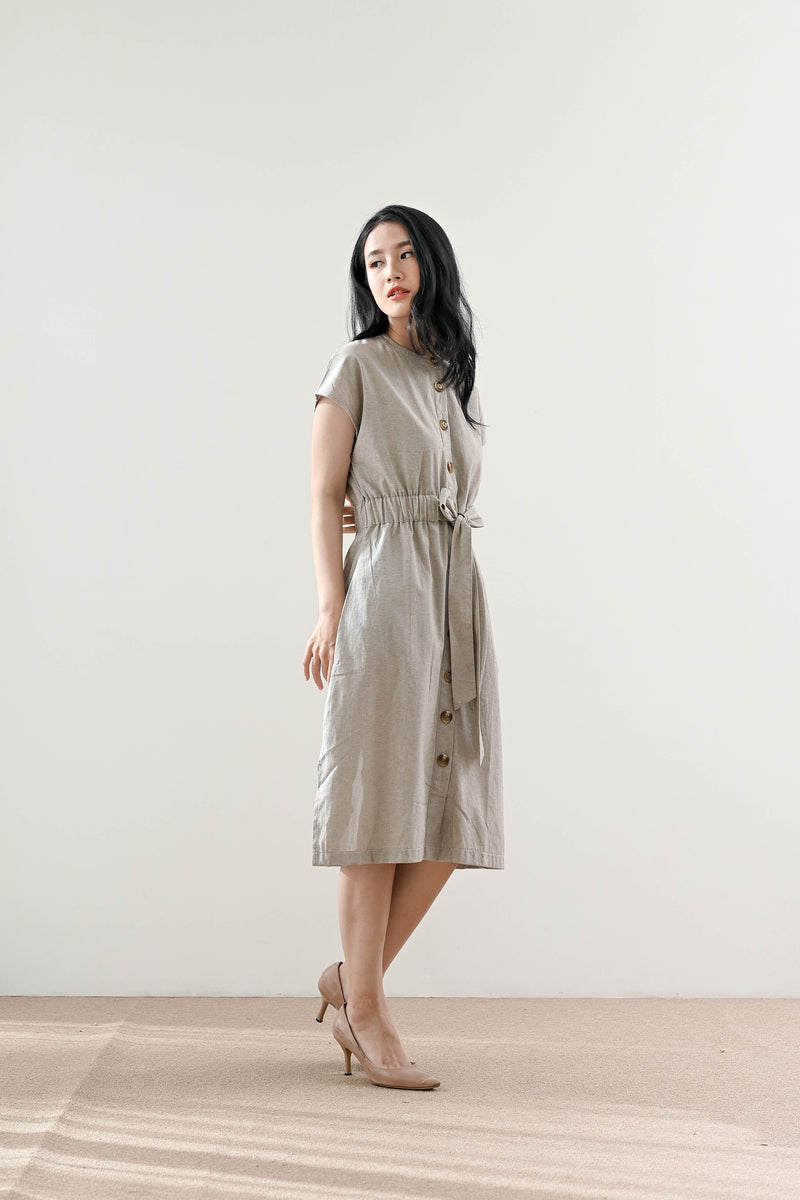 Neil Outer Dress in Creme