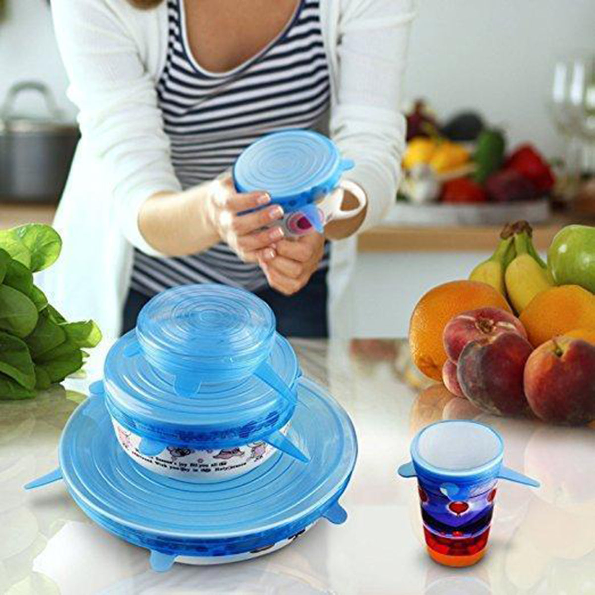 Vacuum silicone stretch lids for food storage