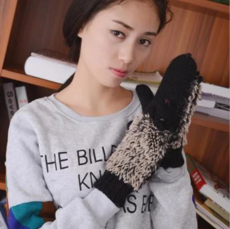 Women Knit Warm Hedgehog Mittens