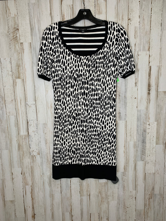 Dress Short Short Sleeve By Ann Taylor  Size: Petite   Small