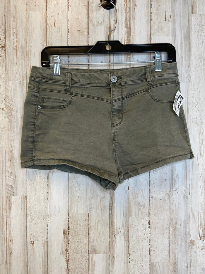 Shorts By Clothes Mentor  Size: 10