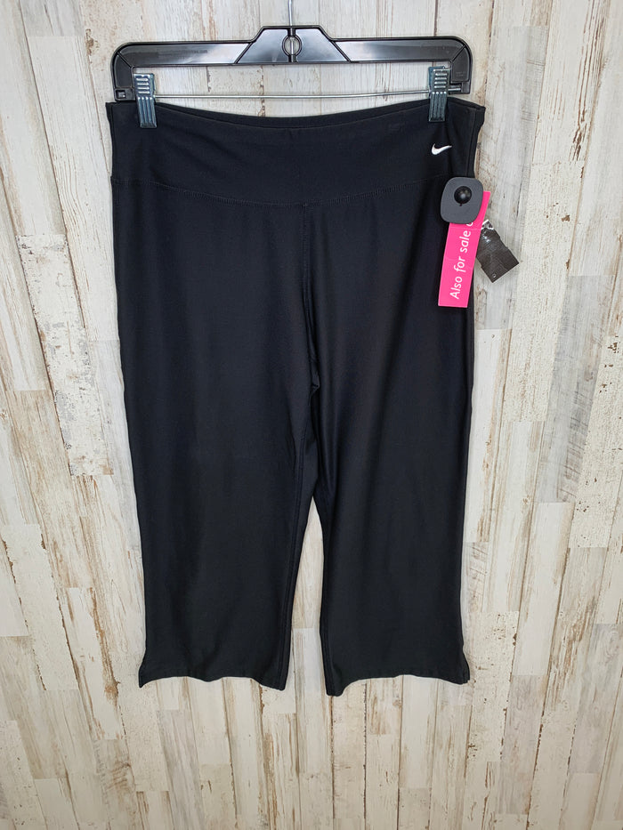Athletic Capris By Nike  Size: M
