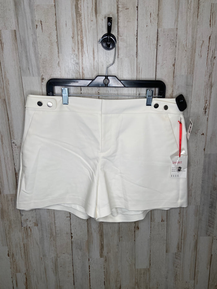 Shorts By Elle  Size: 14