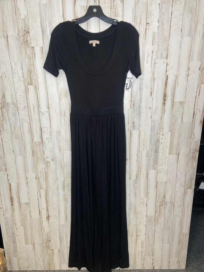 Dress Long Short Sleeve By Clothes Mentor  Size: Xs