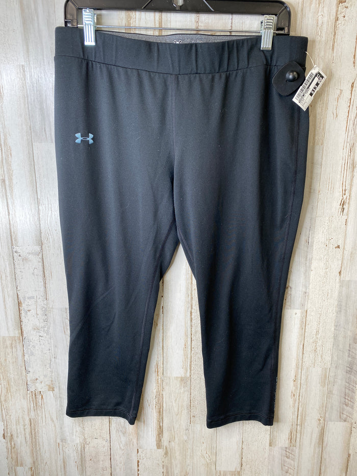 Athletic Capris By Under Armour  Size: L