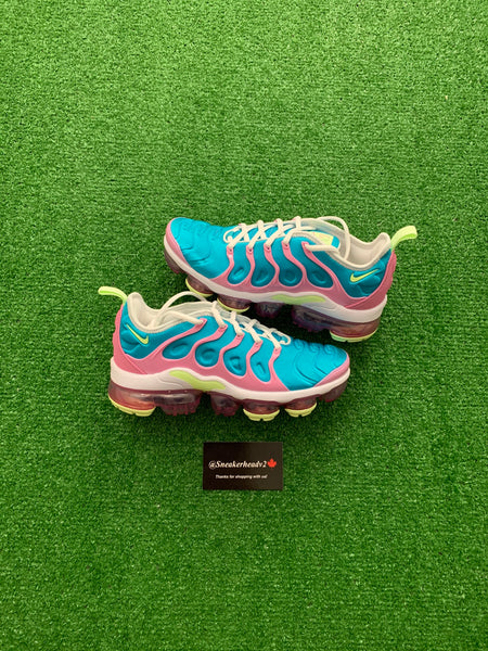 "Nike Air VapourMax Plus ""Easter"" (WMNS)"