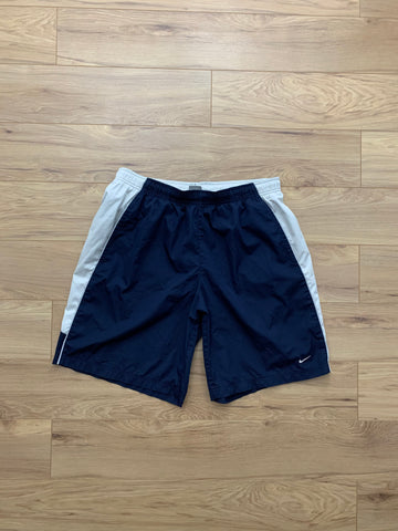 Nike Essential Polyester Shorts