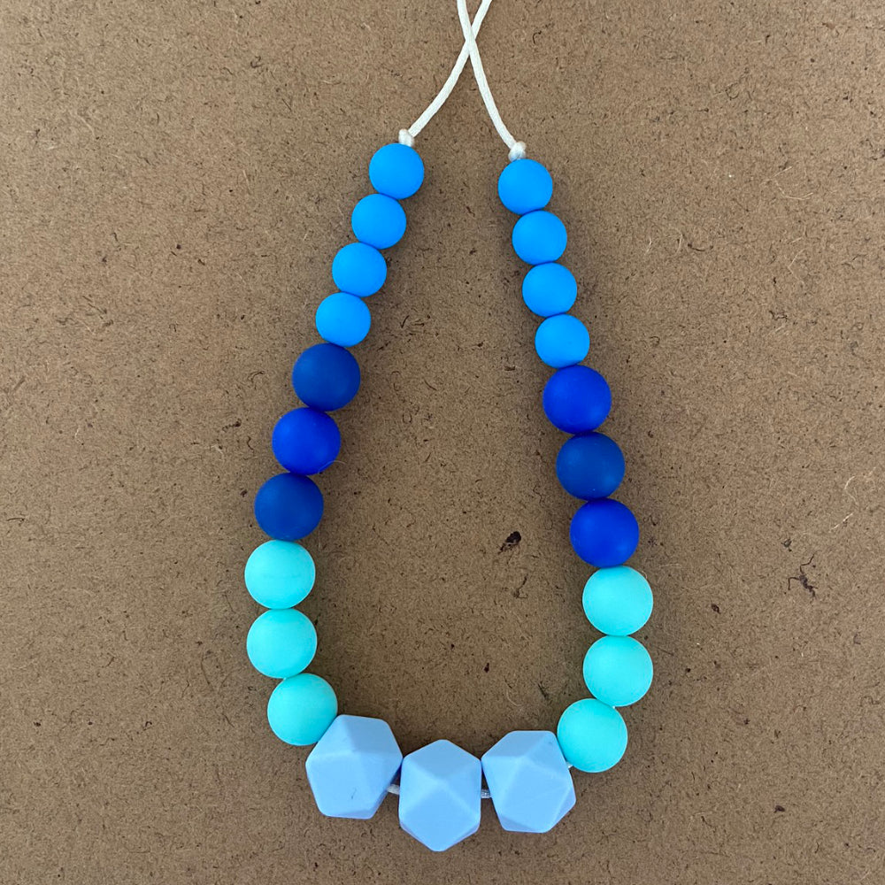 Variant Blue Necklace