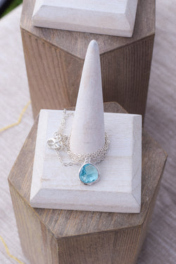 Aquamarine Gem Stone Silver Necklace
