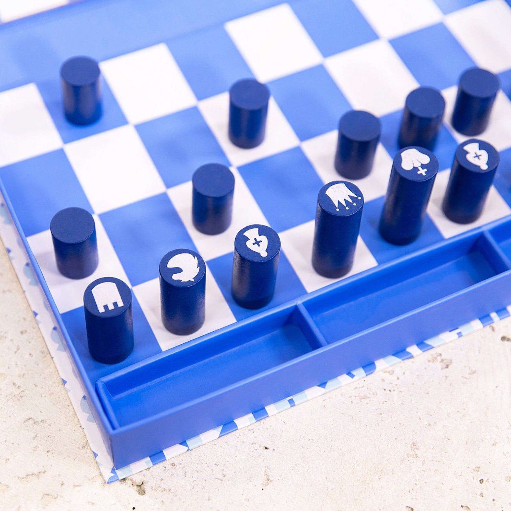 BOARD GAME CHESS & CHECKERS