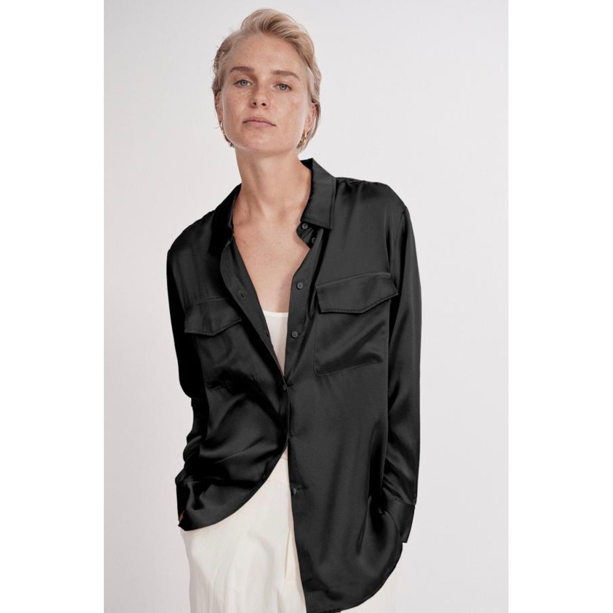 Silk Laundry Boyfriend Shirt Black