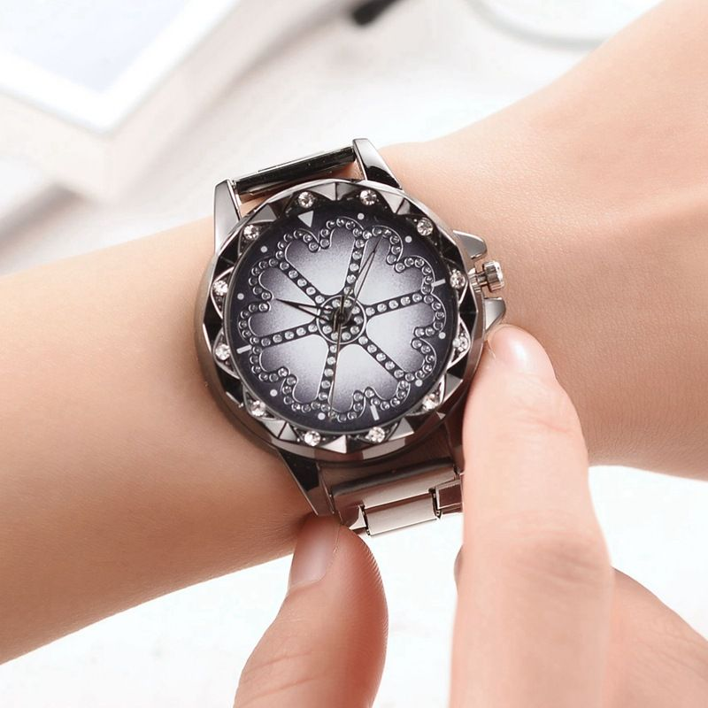 Personality The Every His Day Ms Alloy Steel Band Watch Luxurious Set Drill Table Black Female Form DY122