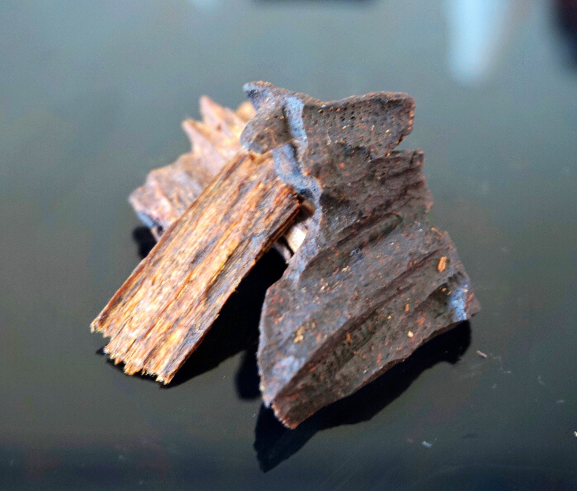 Bakhoor Royal Burma Oud agarwood, oudh, incense, burning, scent, bakhoor, bukhoor, dukhoon, bakhoor burner, incense wood