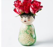 Load image into Gallery viewer, Face Vases