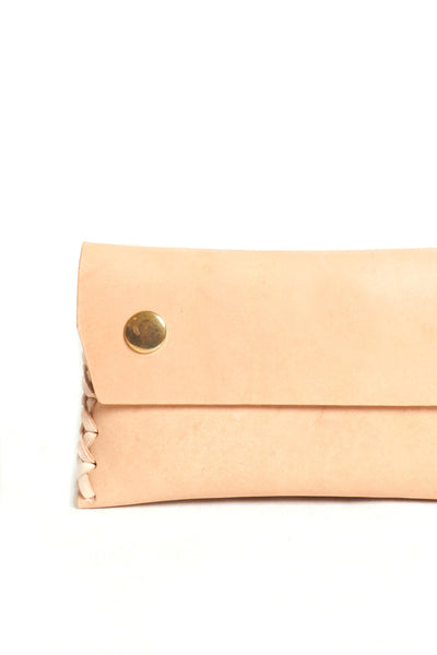 Nude puffy leather wallet with double snap closures - Young & Able  - 2