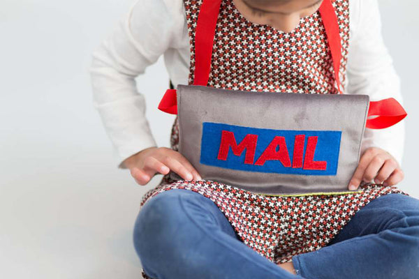 Mail bag - English or Spanish