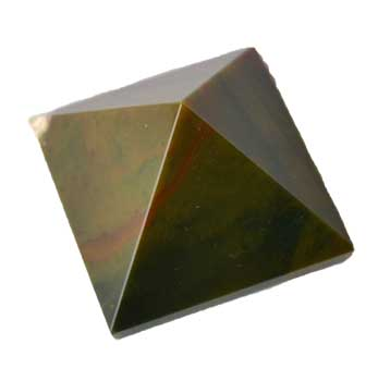 30-35mm Bloodstone pyramid