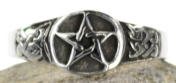Pewter Pentagram ring size 8