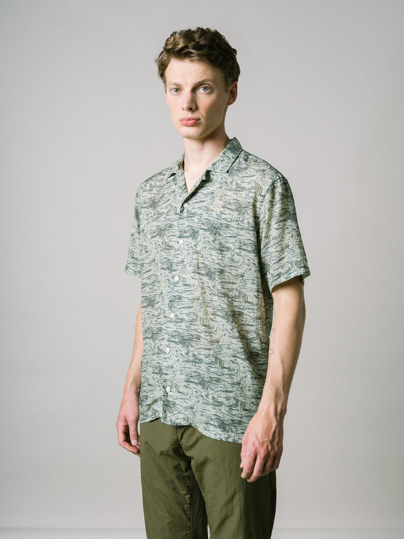 CRAMMOND SHIRT IN LIGHT OLIVE & LAGOON PRINTED TENCEL
