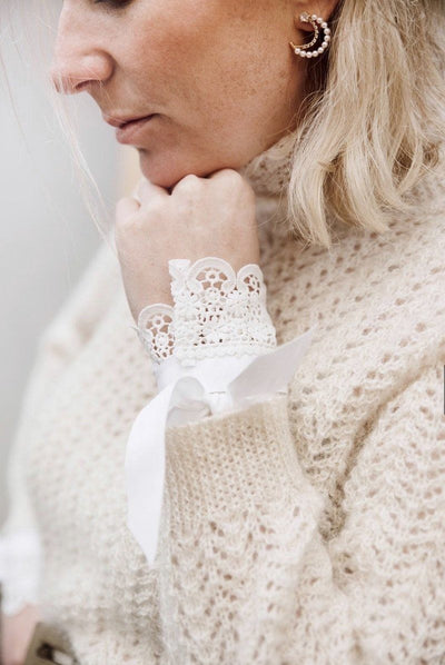 Set of Dainty Lace Cuffs Hannah Sophia England