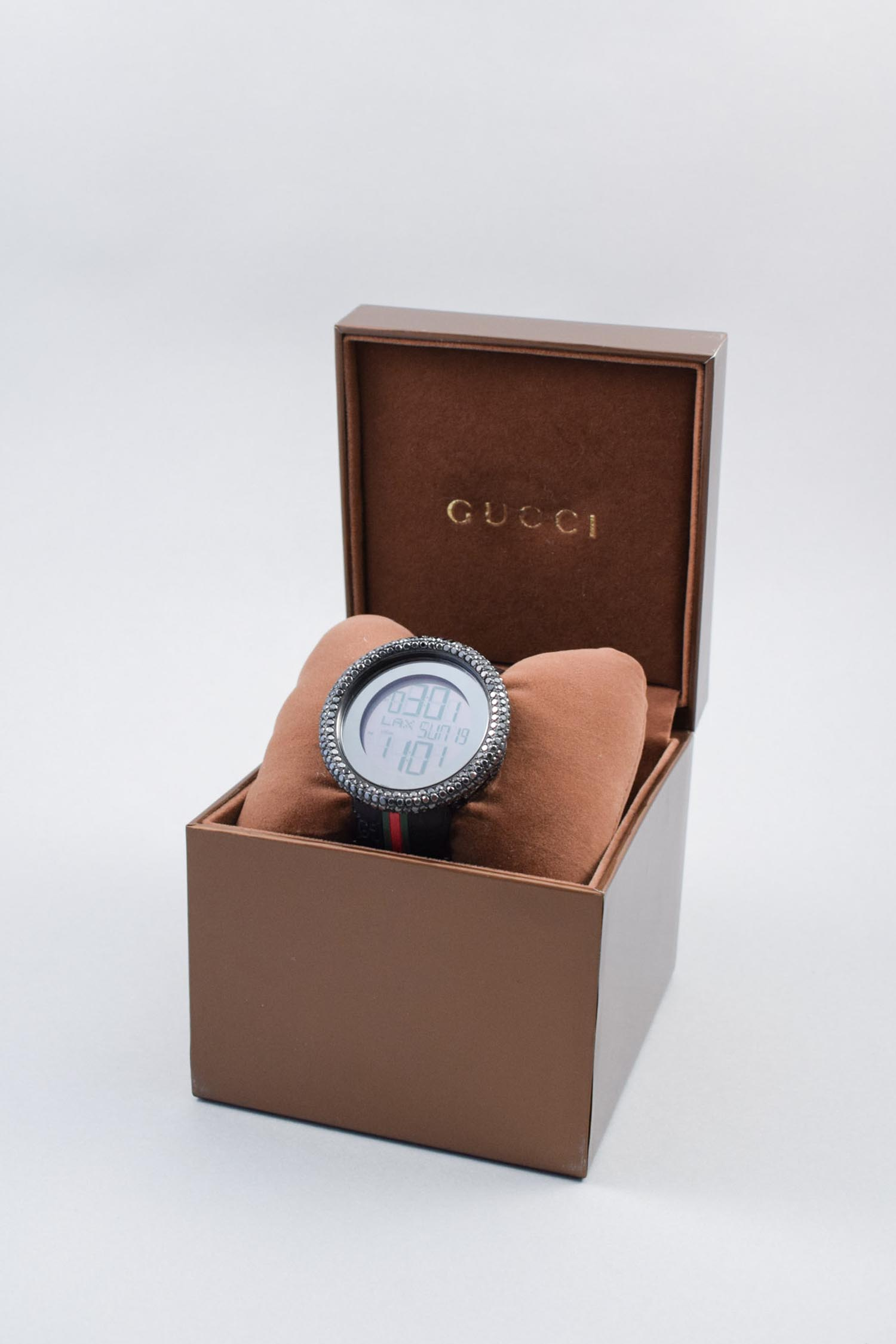 Gucci Black Men's I-Gucci Digital Ya114207 Diamond Watch