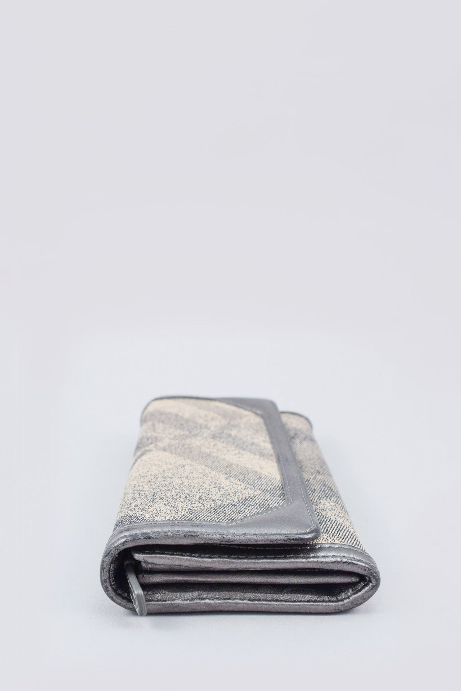 Burberry Grey/Cream Nova Check Glitter Wallet