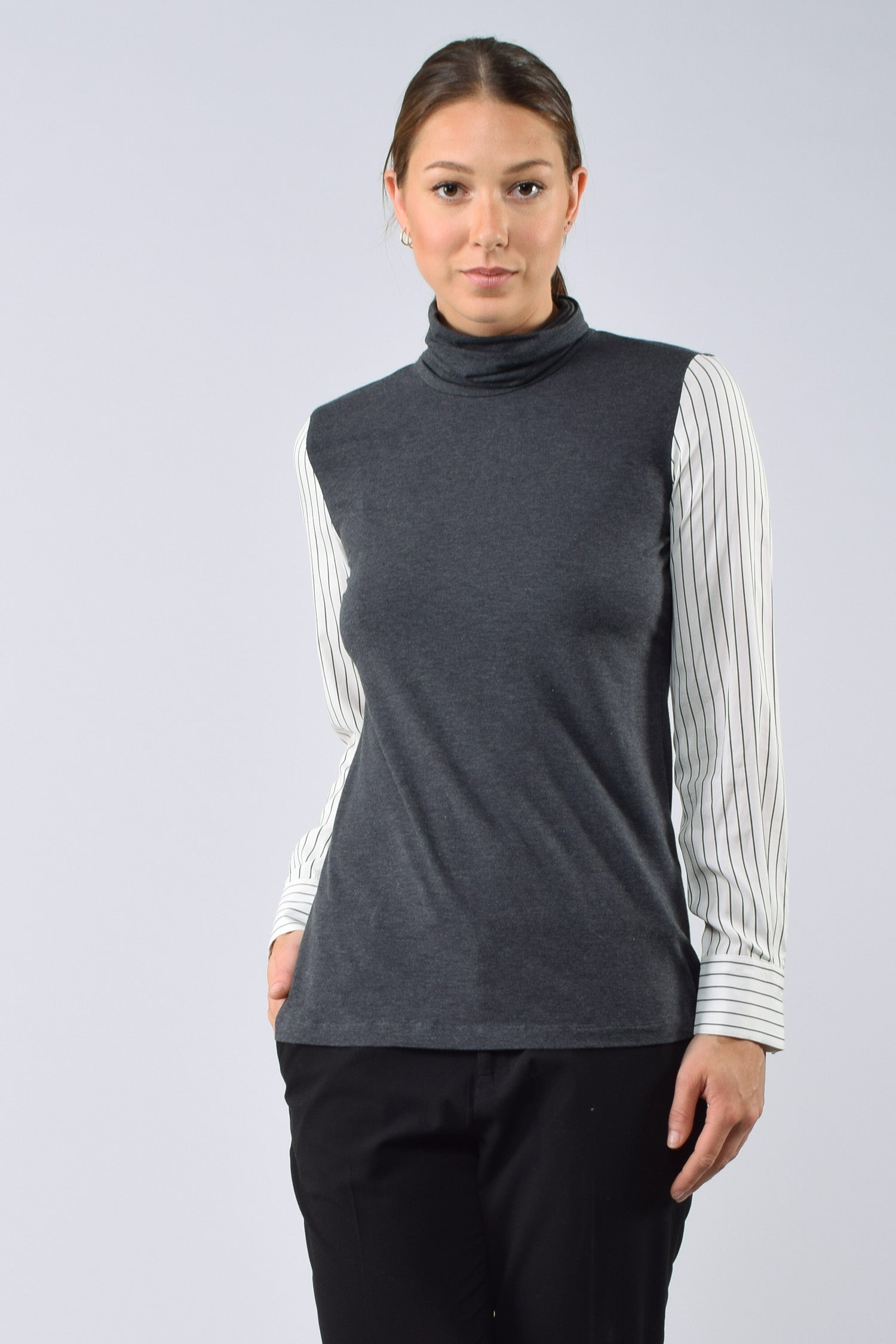 Brunello Cucinelli Grey L/S Top w/ Striped Sleeves Size S