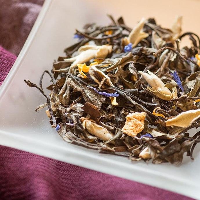 Citrus Melon Tea - White Tea with pieces of Lemon Peel and the flavor of honeydew