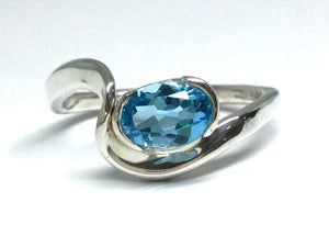 Blue Topaz Wave Ring - Silver