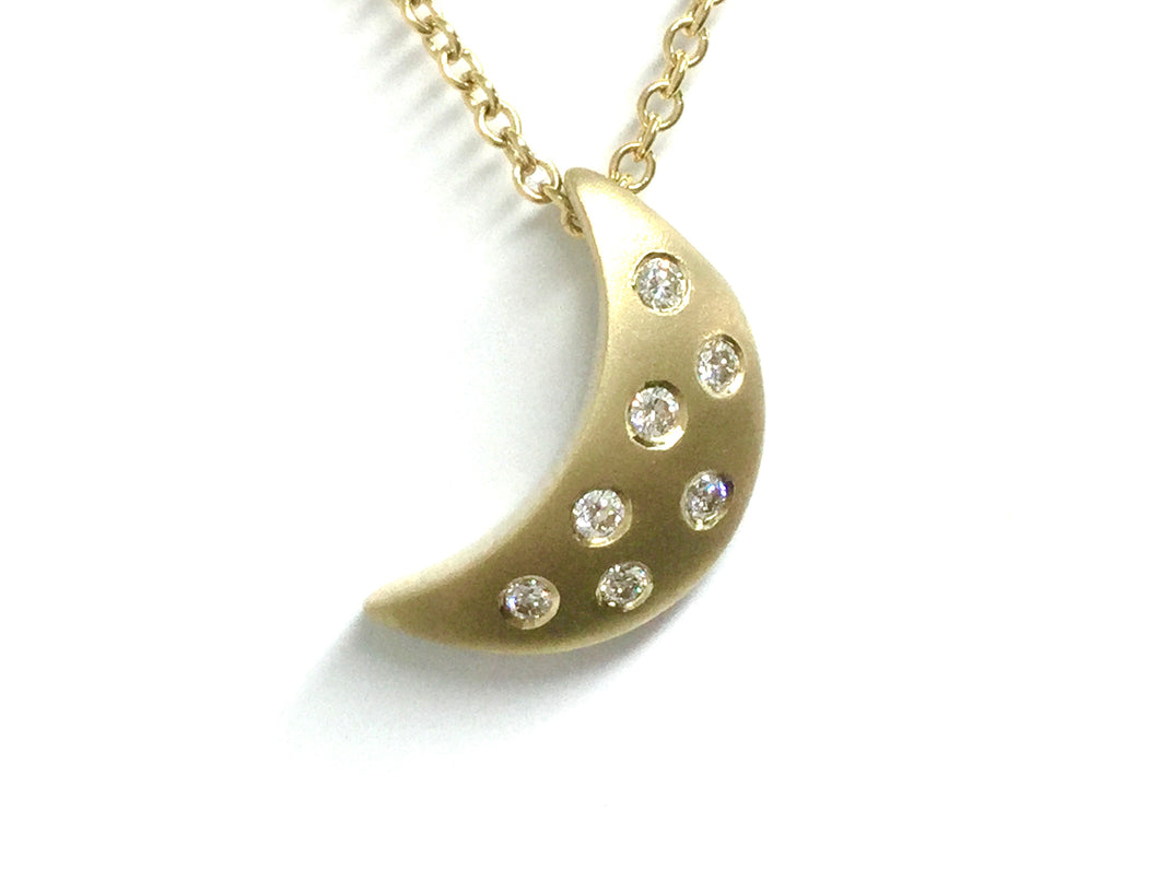 Moonlight Pendant w/ Diamonds - Yellow Gold
