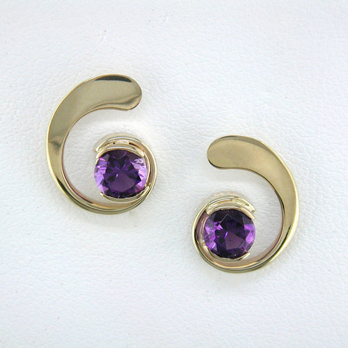 Amethyst Curl Earrings - Yellow Gold