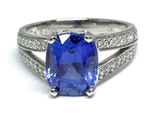 Load image into Gallery viewer, 3.43ct Sapphire Ring w/ Diamond Split Shank - Platinum