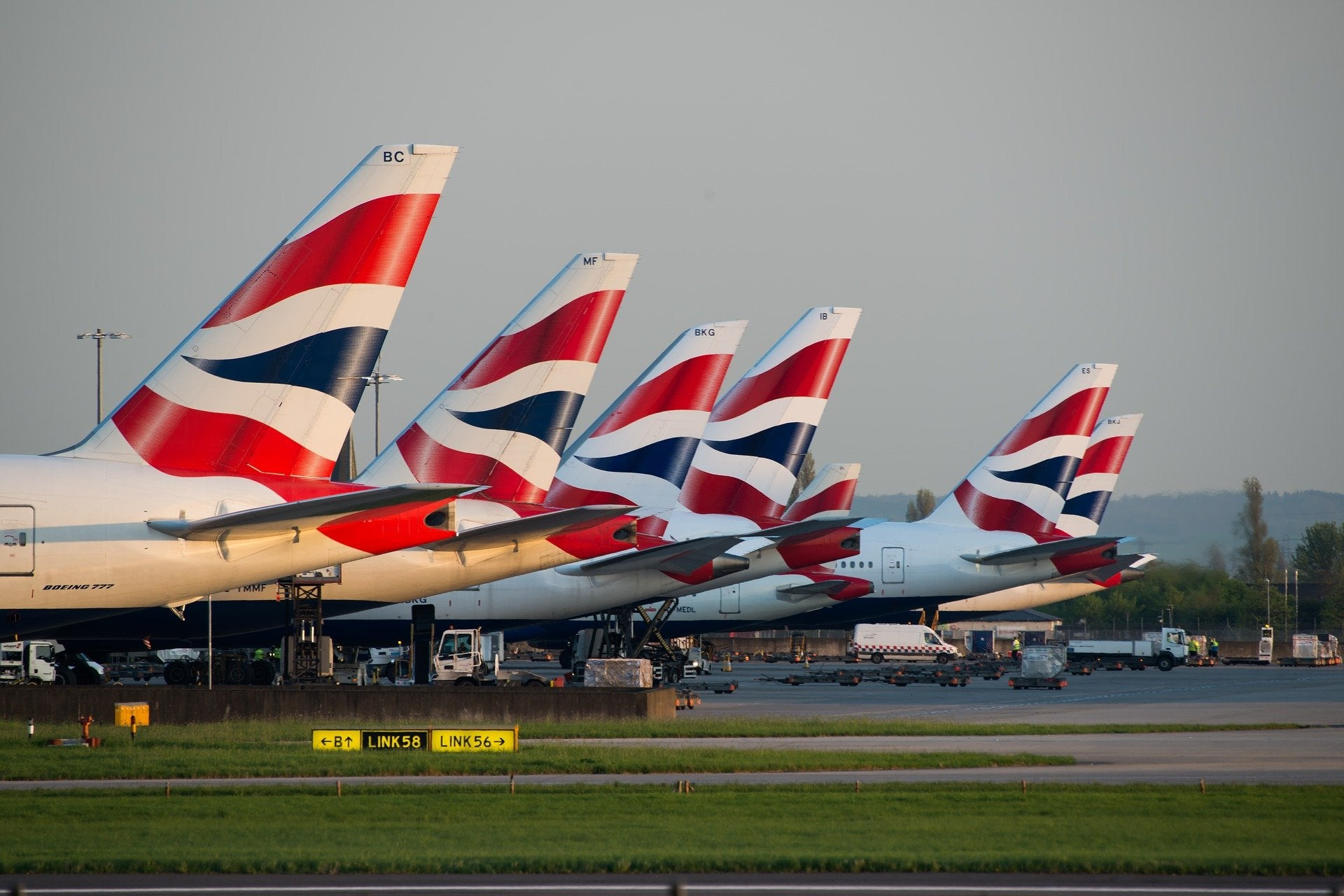 british airways airplanes