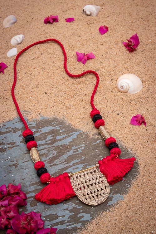 Red Black Brass Thread Matinee Necklace D59c