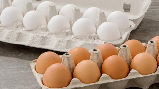 Dozen  Eggs- white/ Brown depending on availability