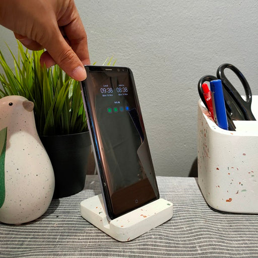 Caylin Terrazzo Mobile Phone Holder