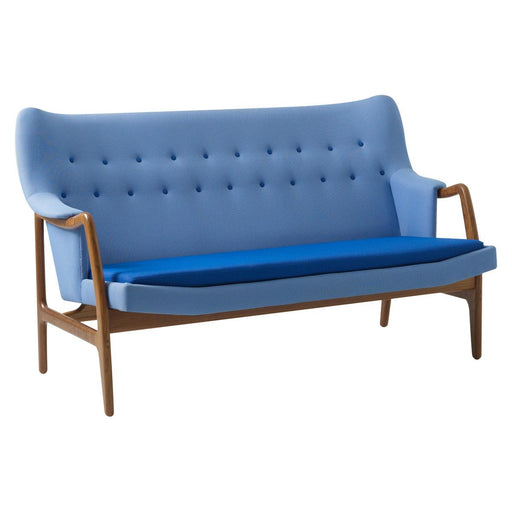 Berlin Love Seat - Timeless Design