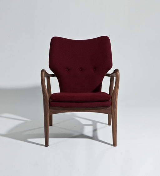 Musca Lounge Chair - Timeless Design