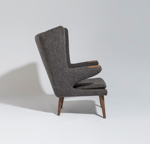 Leon Papa Bear Chair - Timeless Design