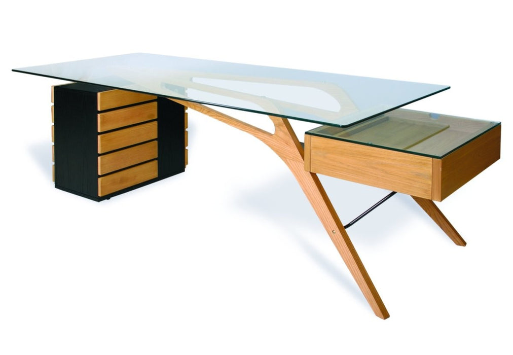 Cilento Desk - Timeless Design