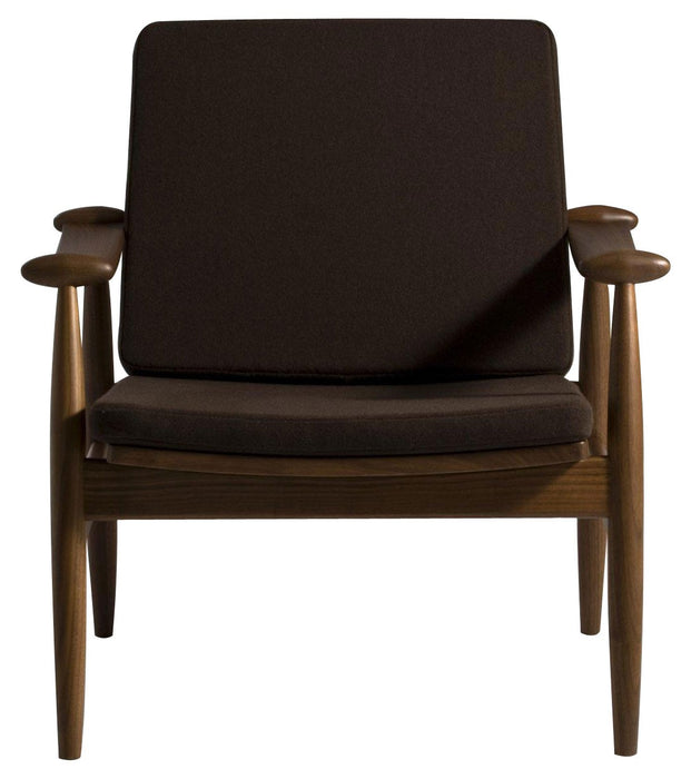 Stacy Arm Chair - Timeless Design